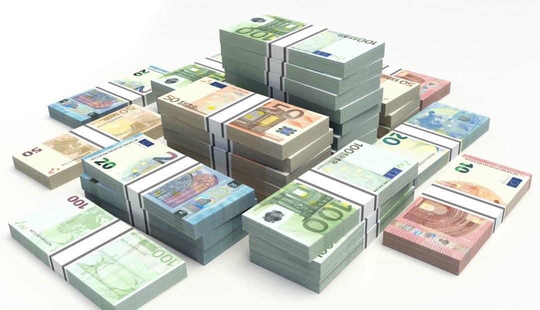 cash plaatje Doe hier jouw gratis Champions League voorspelling en win €100.000,  cash!