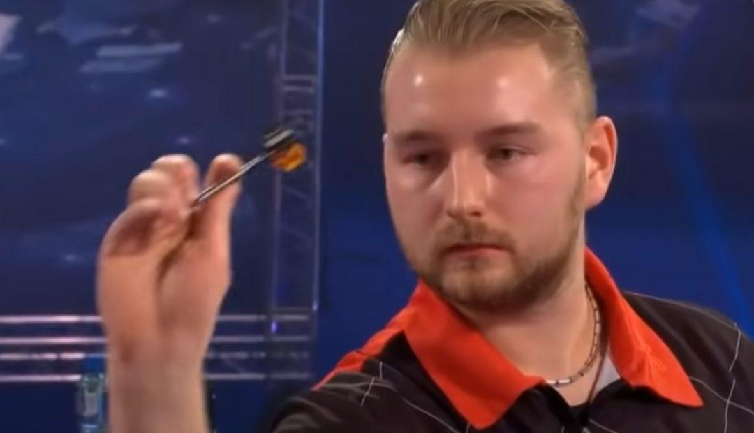 Livestream van den Bergh Dobey 1080x620 Livestream Dimitri van den Bergh   Chris Dobey, The Masters Darts