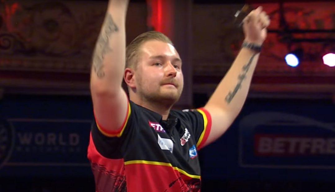 Livestream van den Bergh Wright 1080x620 Livestream Dimitri van den Bergh   Peter Wright, finale World Matchplay